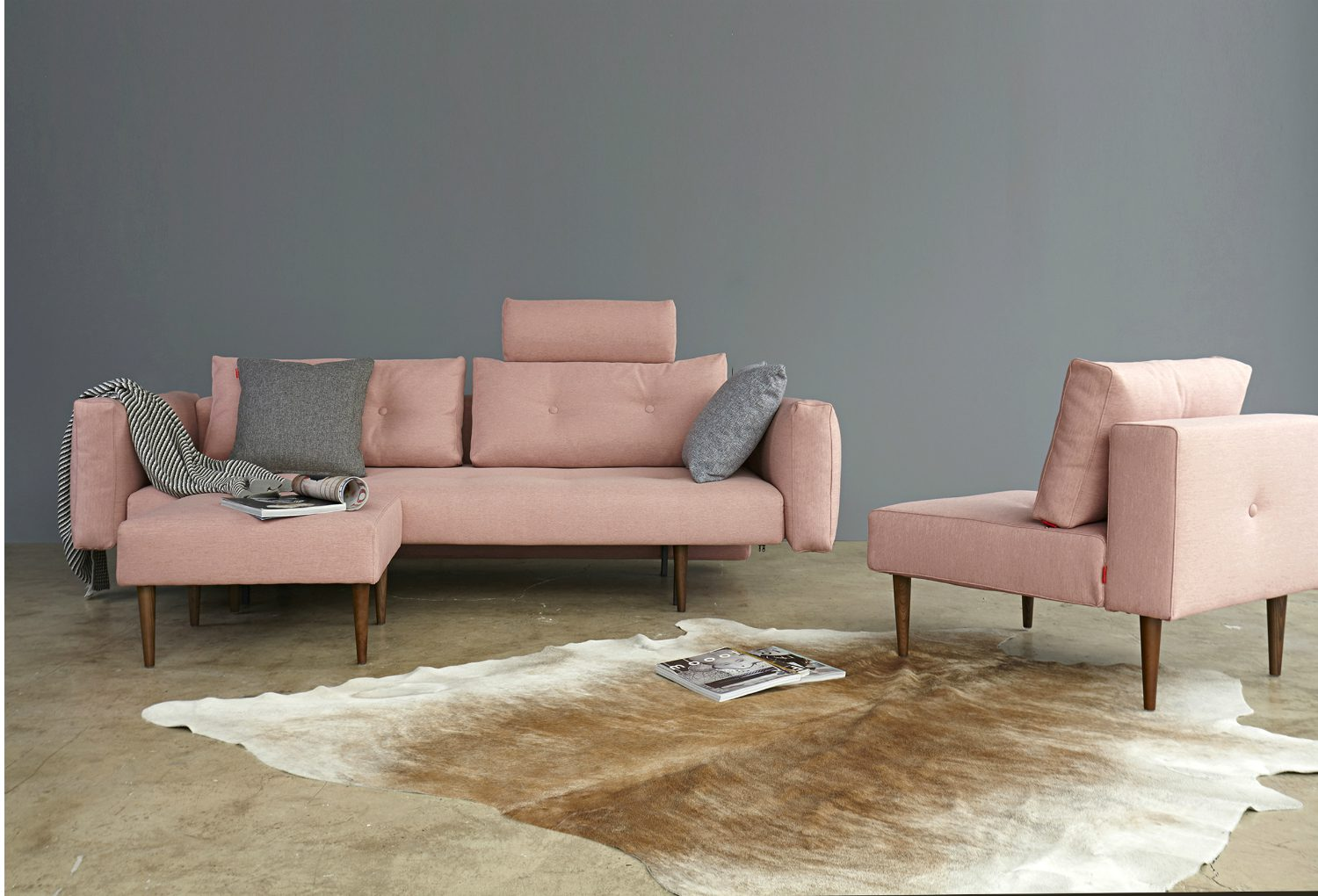 Coral coloured danish sofa bed set
