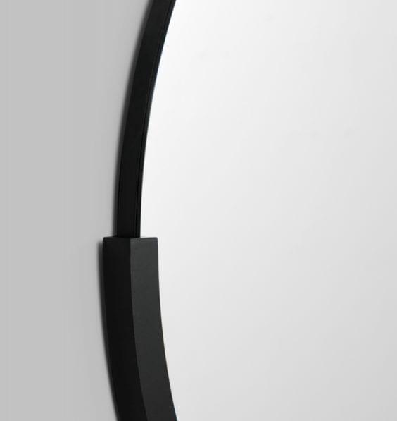 black dawn mirror