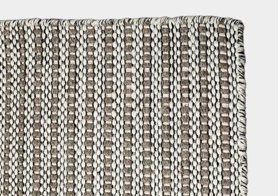 tassel rug