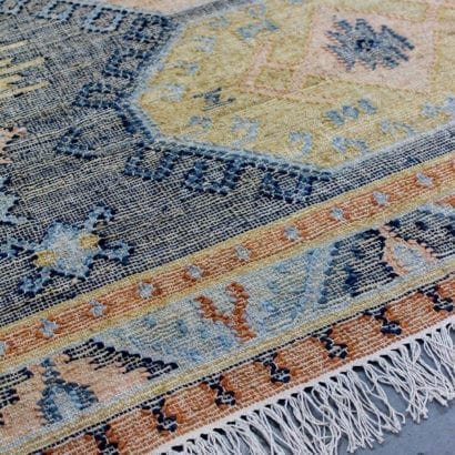 edge of rug