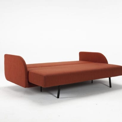 luxury red day bed